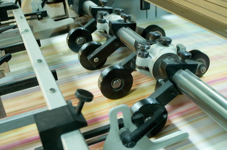Usos del cartón ondulado en el ámbito de la imprenta